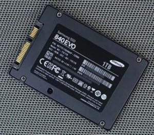SSD disk reševanje podatkov