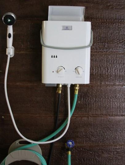 Eccotemp L5 je zasnovan za prenosno in hitro vročo vodo