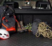 Prednosti avtomobilskih prtljažnih korit iz gume