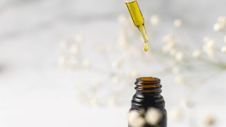 CBD kapljice imajo veliko koristnih učinkov